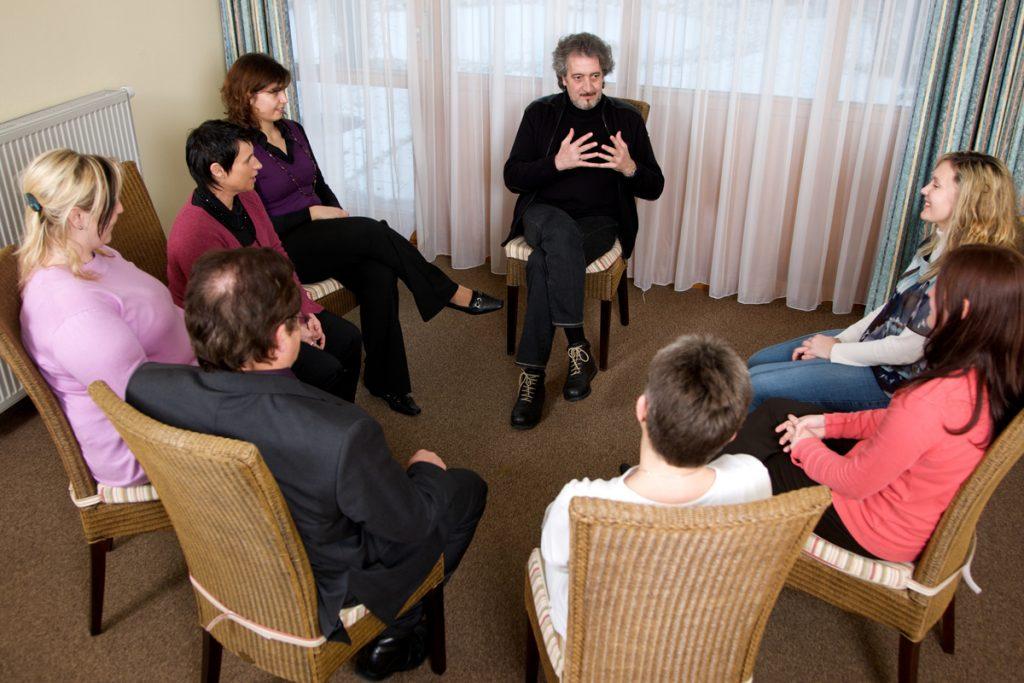 Gruppentherapie - Alkoholentzug und Alkoholtherapie - in der Fachklinik Sankt Lukas